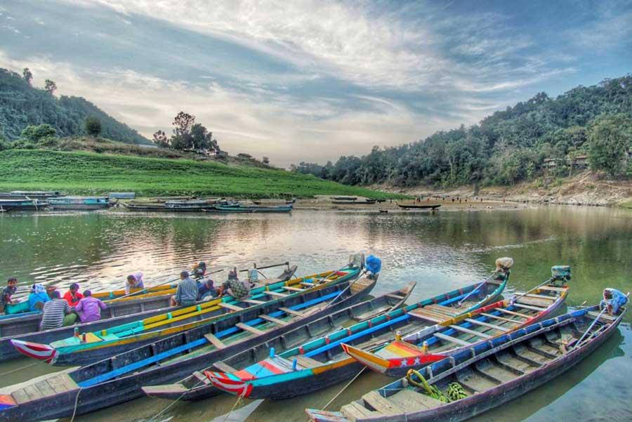 বেশ বৈচিত্র্যময় সাঙ্গু নদী